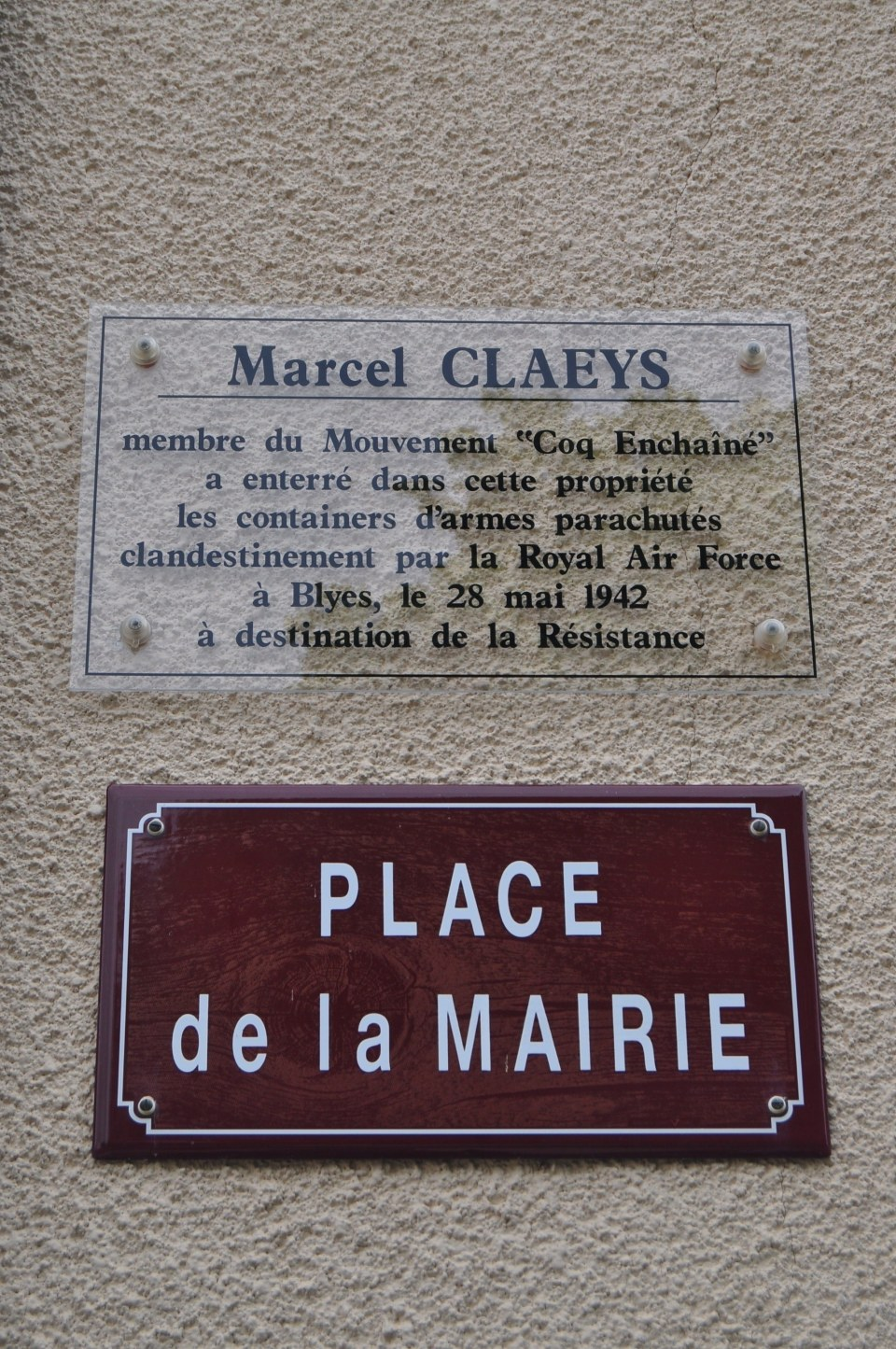 Plate Marcel Claeys Blyes Ain (01)