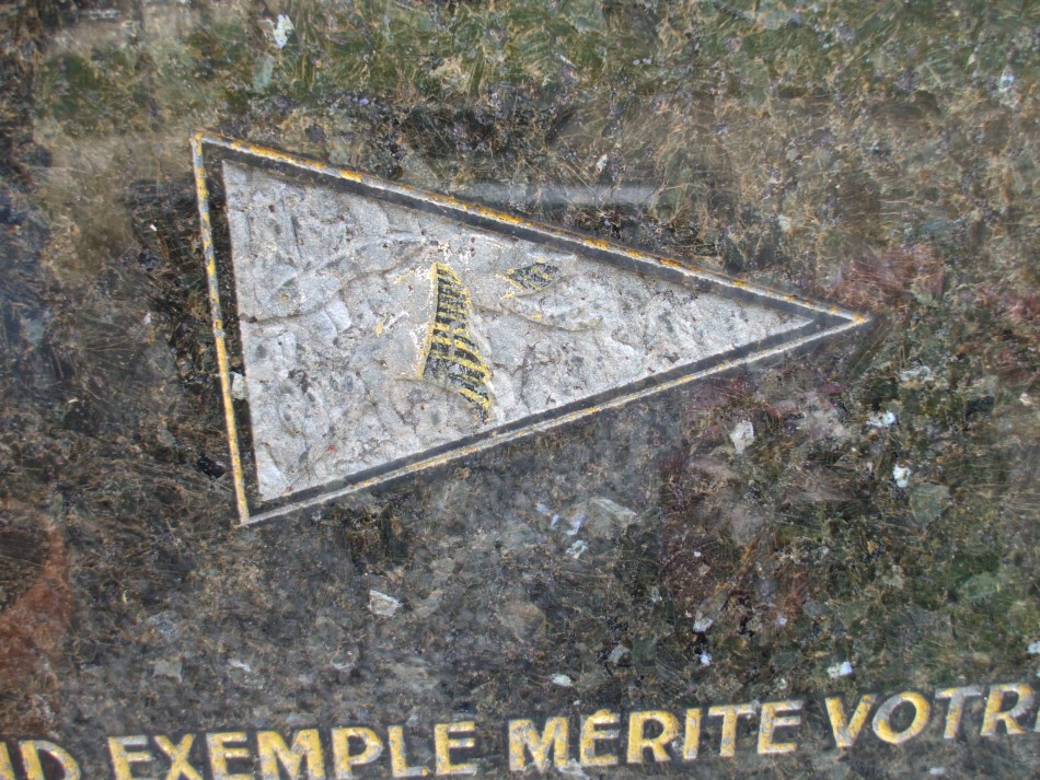 Tombe/C閚otaphe Fran鏾is Morel  Vierzy Aisne (02)
