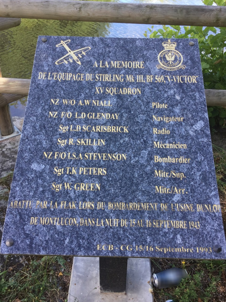Plaque Stirling BF569 Vaux Allier (03)