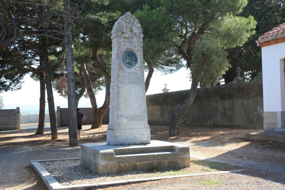 Memorial to Léopold Henri Marius Pélissier