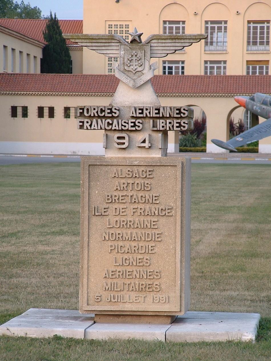 Fafl 1941 salon de provence a rost les for Base 701 salon de provence