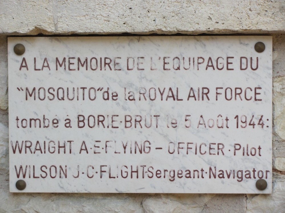 Plaque AE Wraight - JC Wilson (st鑜e) Champcevinel Dordogne (24)