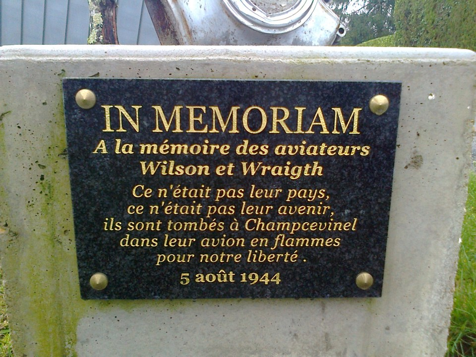 St鑜e AE Wraight - JC Wilson (plaque) Champcevinel Dordogne (24)