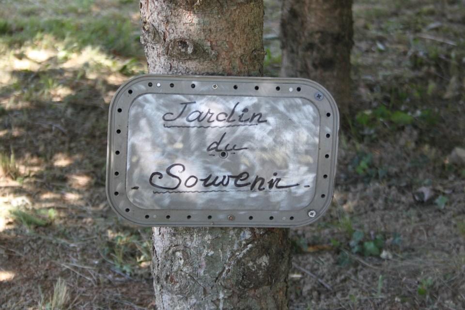 memorial jardin du souvenir montlimar drme 26 montlimar ancone airfield - Jardin Du Souvenir