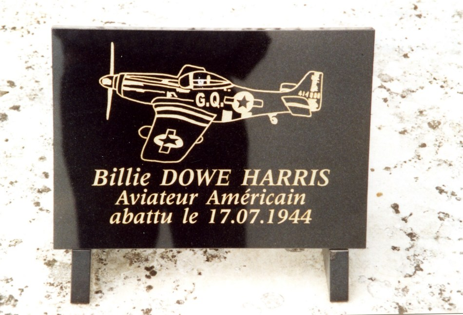 Plaque Billie DOWE HARRIS Les Ventes Eure (27)