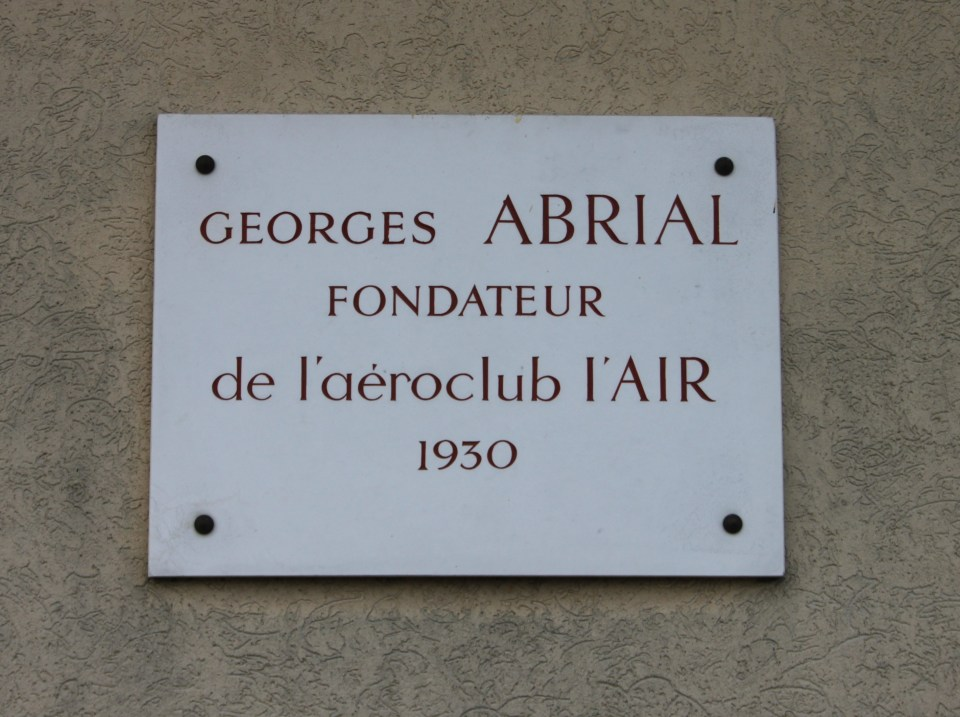 Plate Georges Abrial - Yves Zimmermann Bailleau-Armenonville Eure-et-Loir (28), Bailleau Armenonville airfield