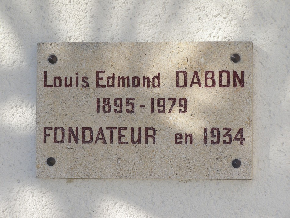 Plate Louis Edmond Dabon Saint-Laurent-Médoc Gironde (33), Lesparre Saint-Laurent Medoc airfield