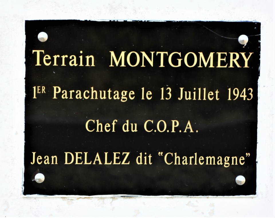Stèle Terrain Montgomery Obterre Indre (36)