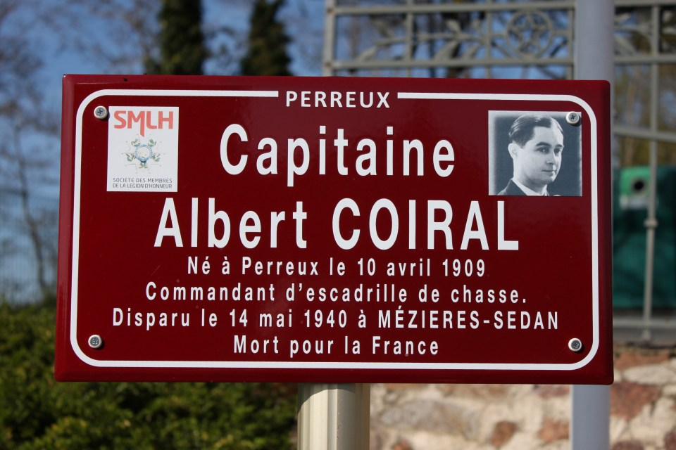 Sign Capitaine Albert COIRAL Perreux Loire (42)