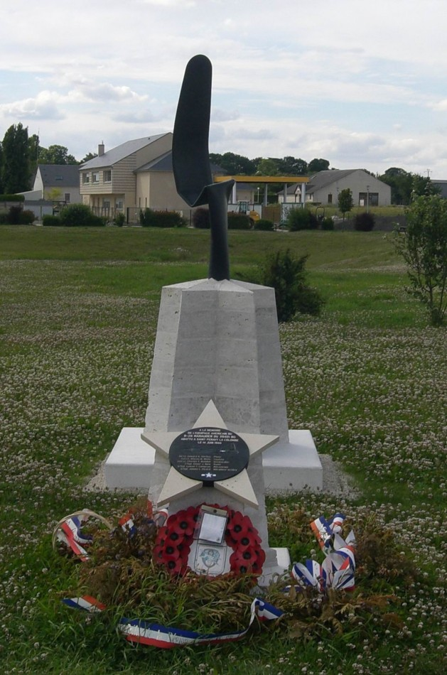 Memorial Marauder on June 14th 1944 Saint-P閞avy-la-Colombe Loiret (45)