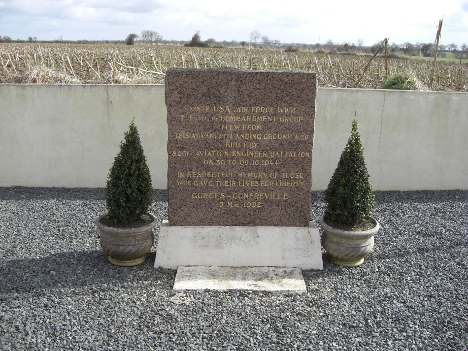 Memorial Advanced Landing Ground A-26 Gonfreville Manche (50)