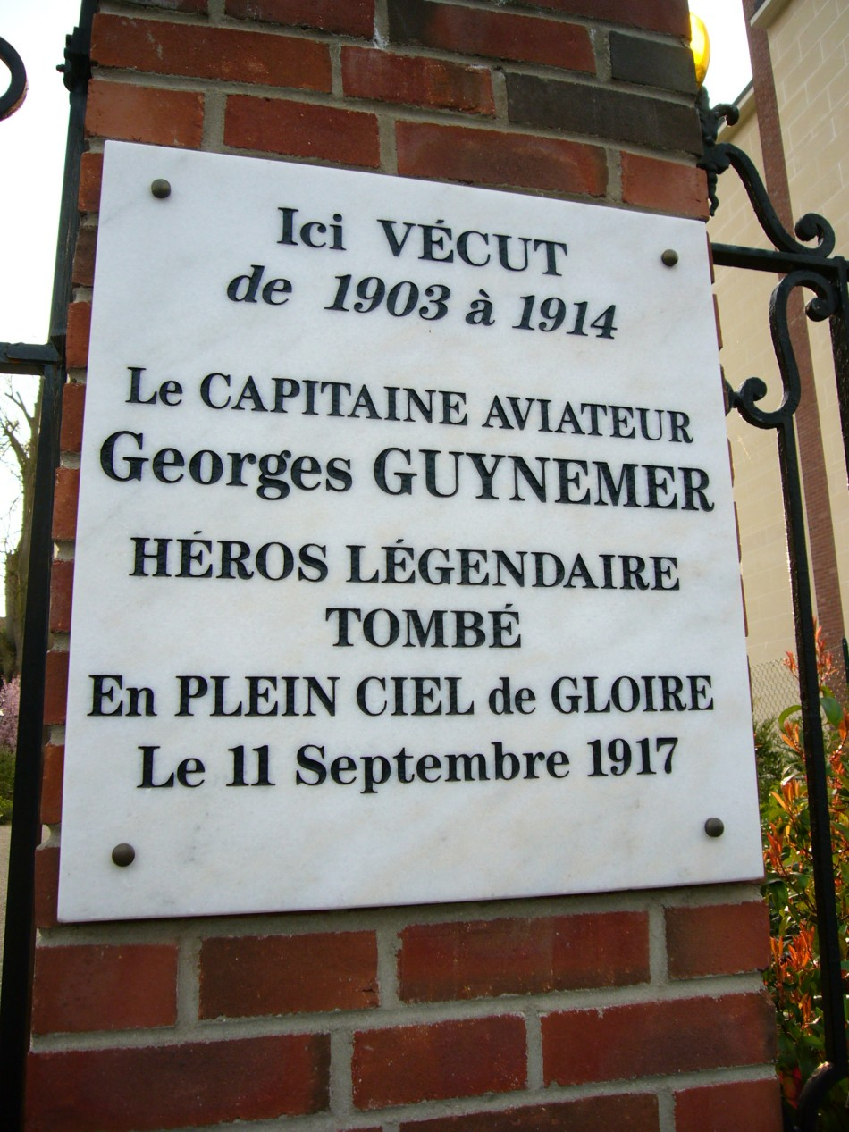 Plaque Georges Guynemer (maison) Compi鑗ne Oise (60)