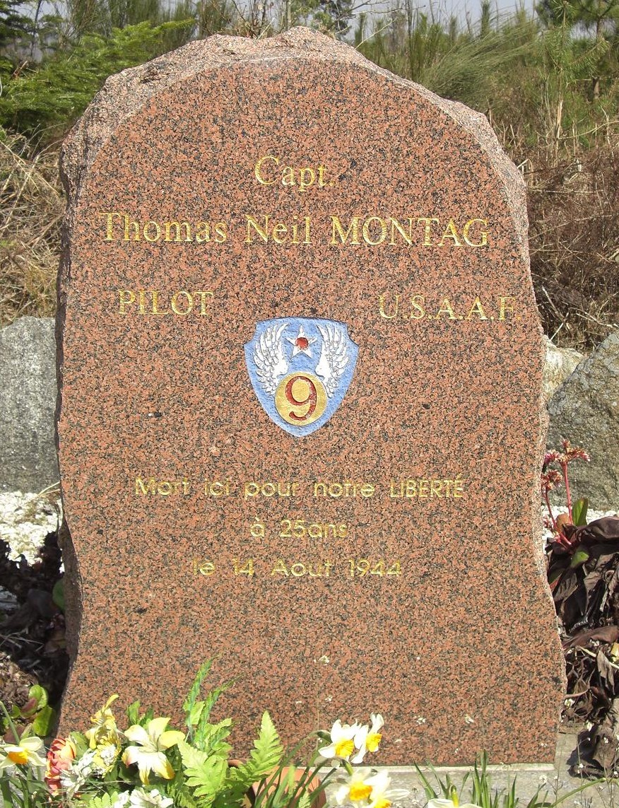 Memorial Captain Thomas Neil Montag La Coulonche Orne (61)