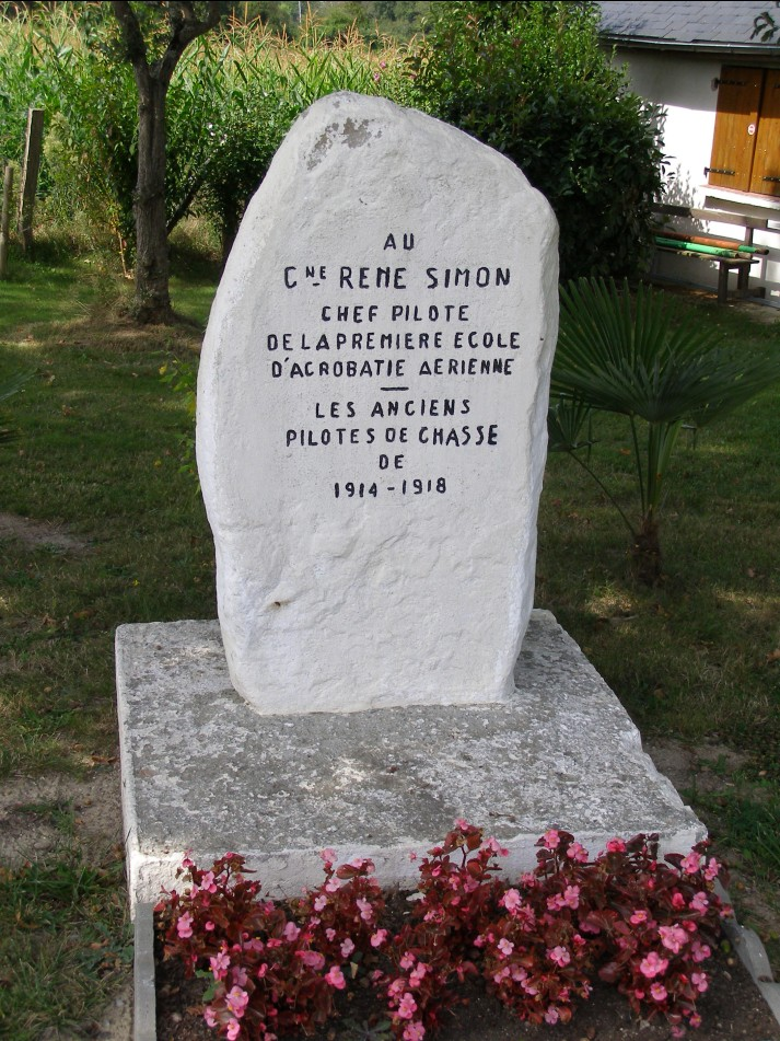 St�le Captaine Ren� Simon