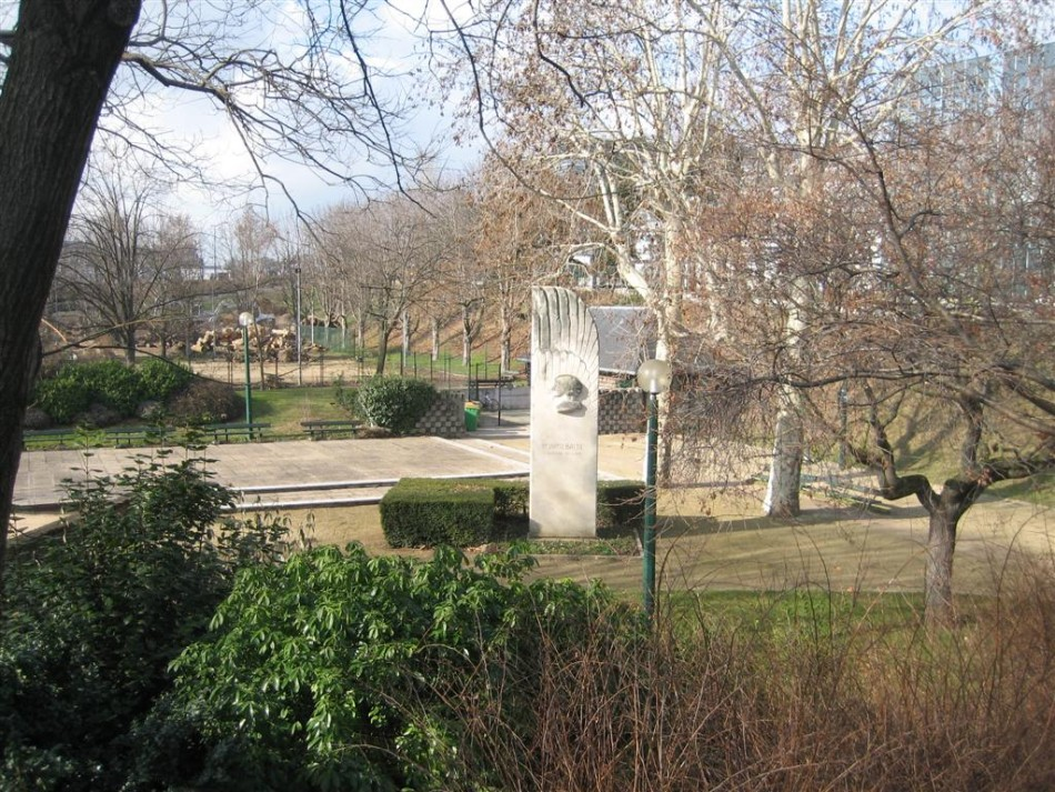 Monument Maryse Bastié héroïne de l'air Paris 15ème Paris (75)