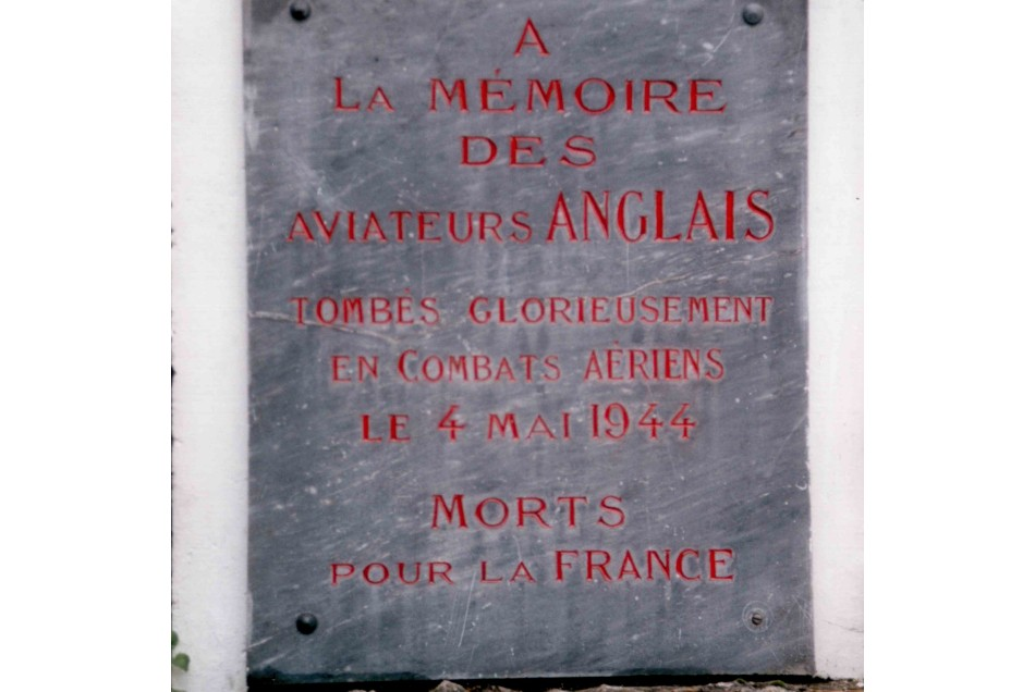 Memorial Lancaster ND575 Donnemarie-Dontilly Seine-et-Marne (77)
