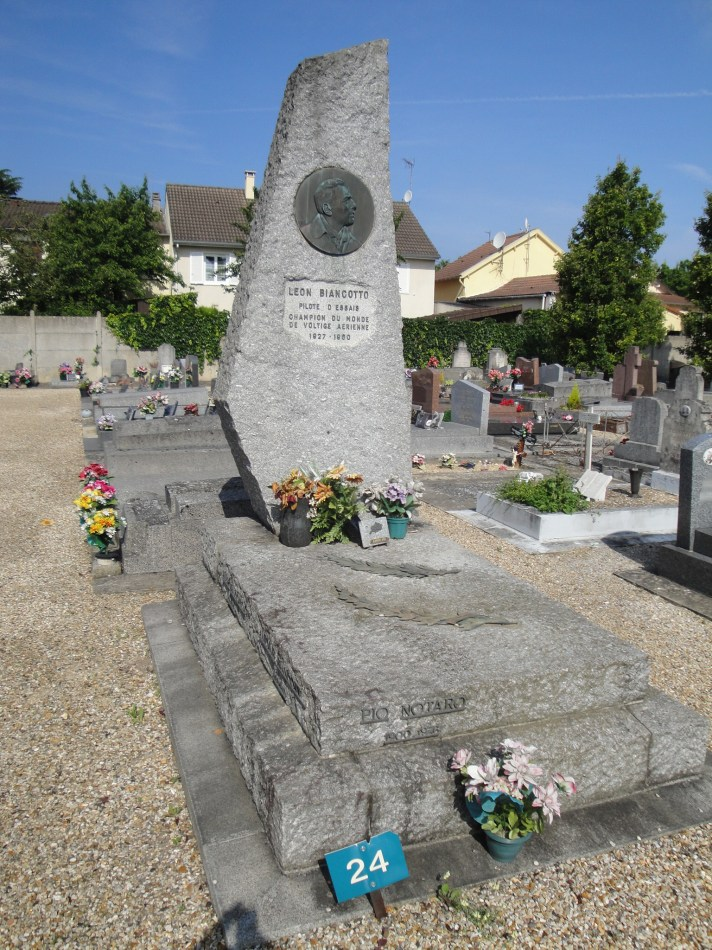 Grave L閛n Biancotto Conflans-Sainte-Honorine Yvelines (78)