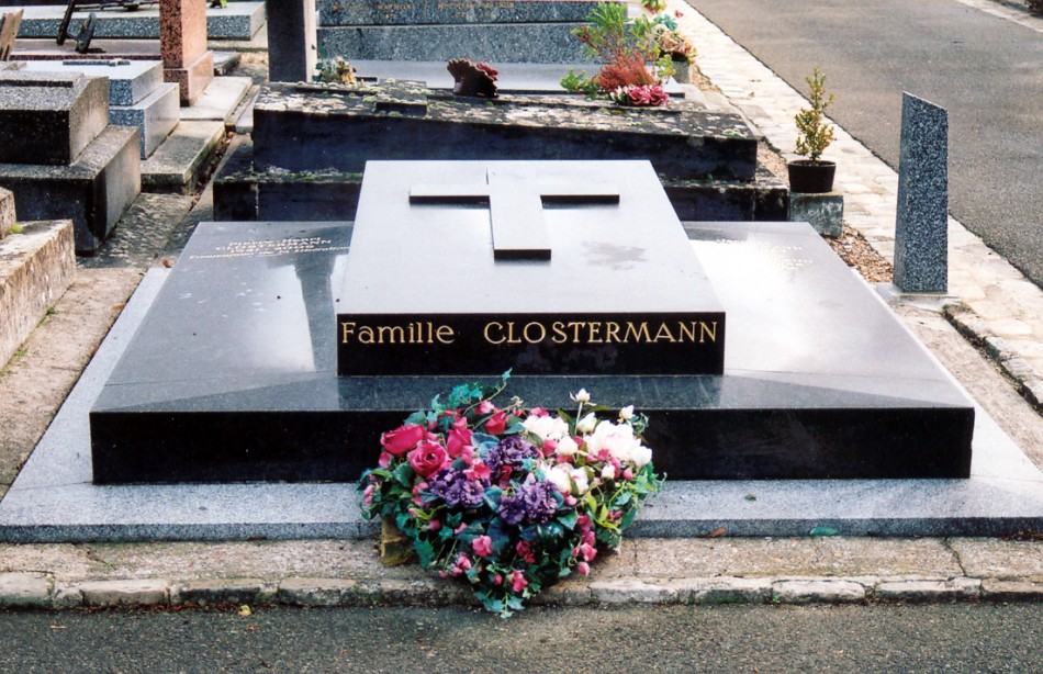 Tombe Pierre Clostermann Le Chesnay Yvelines (78)