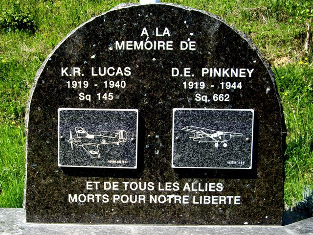 Memorial D.E. PINKNEY Warloy-Baillon Somme (80)