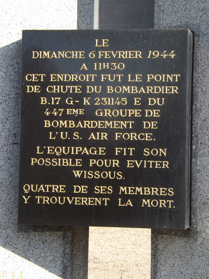 Monument B-17 Old Man Wissous Essonne (91)
