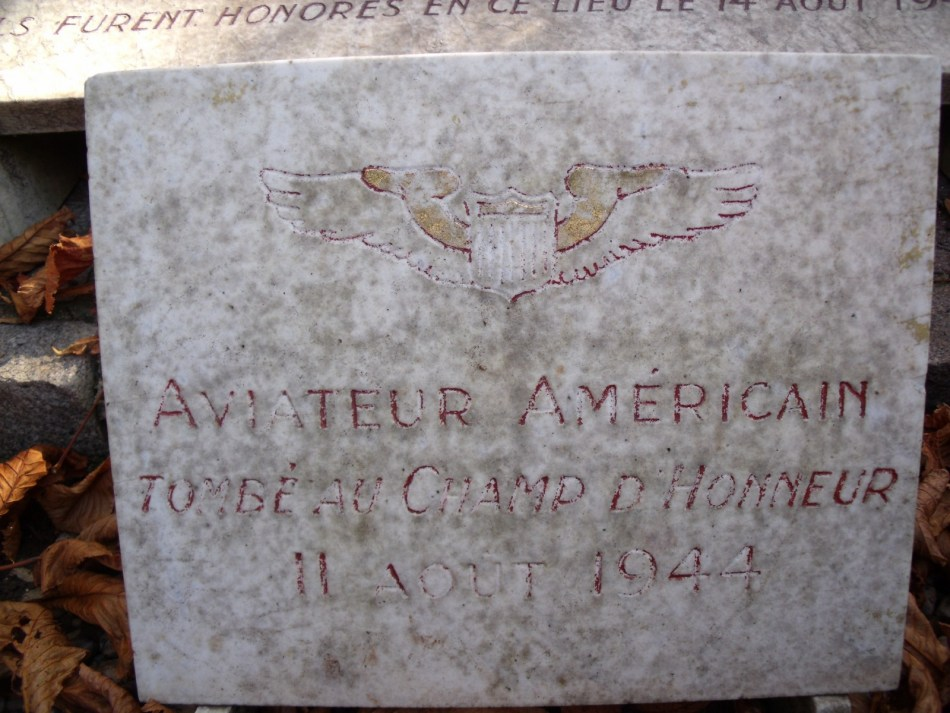 Memorial B-17 42-6087 Royal Flush Clamart Hauts-de-Seine (92)