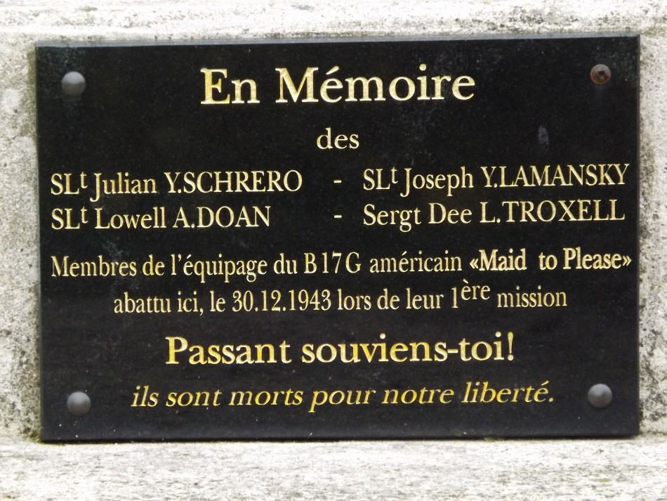 Memorial B-17G n�-31173 Maid to Please Berville Val-d'Oise (95)
