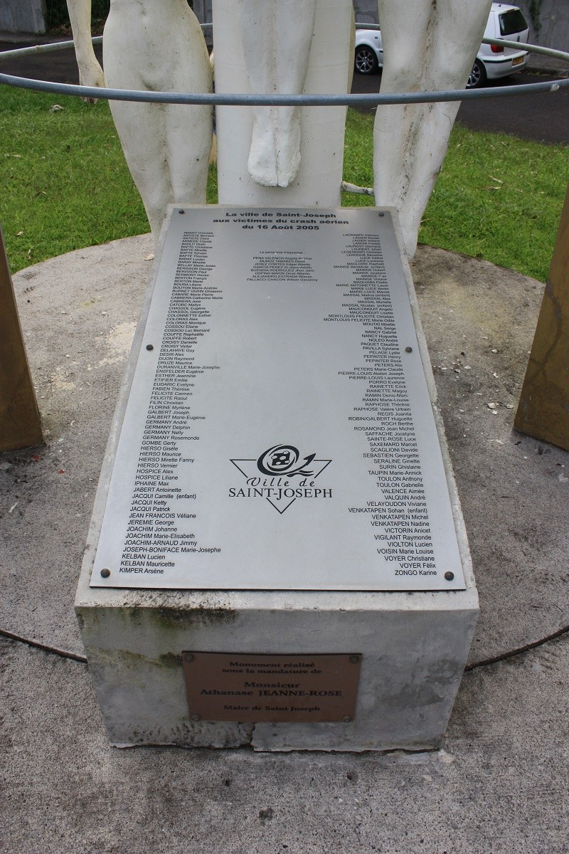 Monument MD-82 West Caribbean L'Elévation Saint-Joseph Martinique (972)