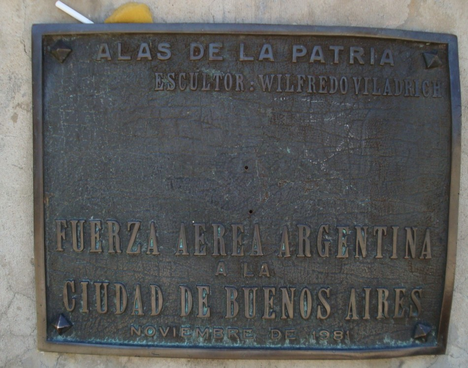 Monument Aviation argentine Buenos Aires , Buenos Aires Jorge Newbery airfield